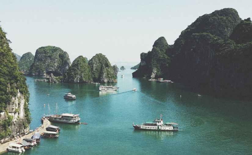 A Photo Journey Sailing Through Ha Long Bay by Boat and Kayak