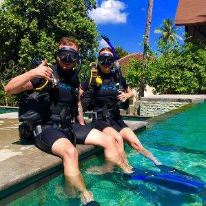 Diving Tasha & Brett